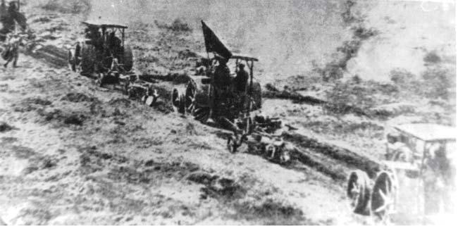 Первая борозда Американского тракторного отряда в с. Тойкино